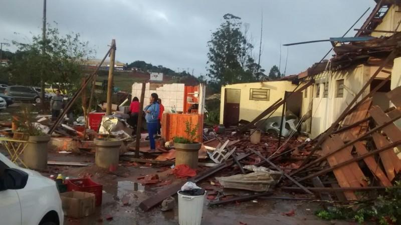 Destruição em Jarinu Imagens: Livia Maielo e Pedro Jr